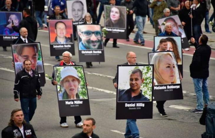 Nouvelle manif de l'AfD à Chemnitz, Allemagne, pour rendre hommage aux victimes des migrants