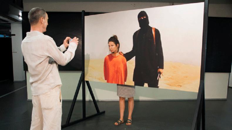 Un selfie avant la décapitation ? Une exposition fait polémique aux Pays-Bas