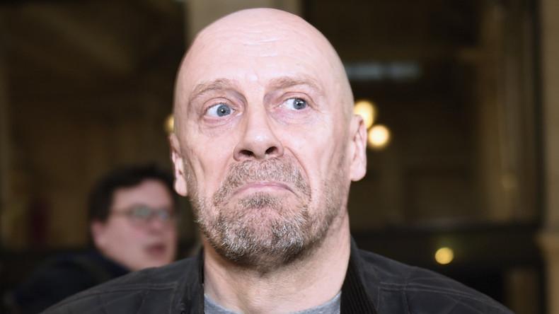 L'antisémite Soral visé par une nouvelle enquête après une «quenelle» devant le tribunal de Colmar