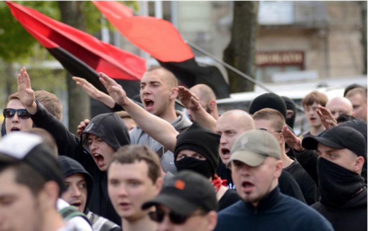 Antisémitisme violent en Ukraine et le gouvernement reste les bras croisés. Les juifs menacés publiquement