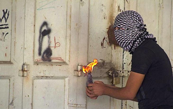 La Justice suédoise annule l'expulsion d'un terroriste palestinien condamné pour avoir attaqué une synagogue au cocktail Molotov, prétextant qu'il serait en danger livré aux mains de l'Autorité palestinienne