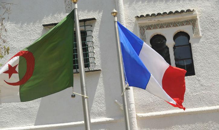 Le gouvernement Macron compte régulariser dix mille Algériens vivant en France
