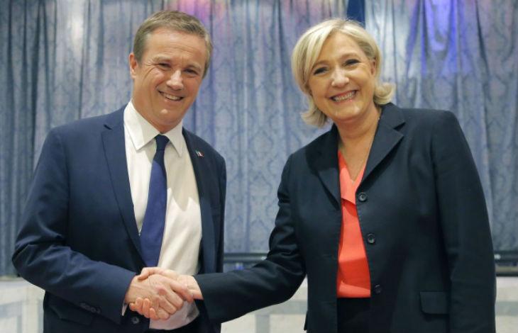 Hausse des carburants : Dupont-Aignan et Le Pen appellent à rejoindre le mouvement citoyen pour bloquer la France le 17 novembre