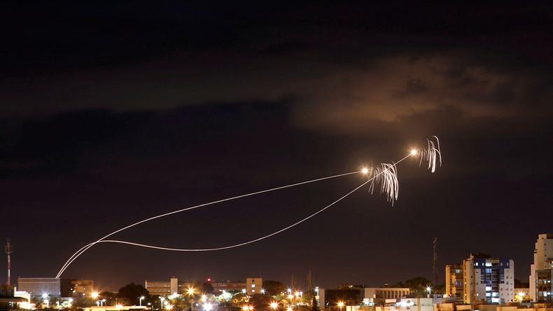 En direct : Des dizaines de roquettes tirées depuis Gaza, Israël lance des raids aériens en représailles (Vidéos)