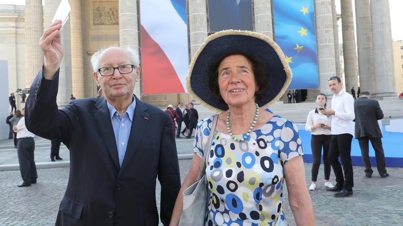 Les époux Klarsfeld décorés par Emmanuel Macron pour leur combat contre l'antisémitisme