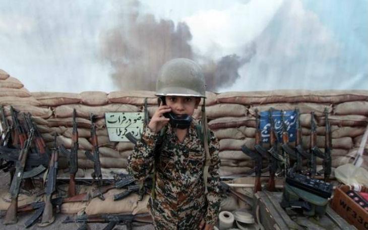 Iran : Les Gardiens de la révolution accusés d'envoyer des enfants réfugiés dès l'âge de 12 ans se battre en Syrie… silence des journalistes français