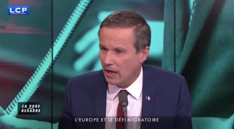 """Dupont-Aignan sur le tag """"JUDEN"""" «Ce pouvoir aux abois qui d'un côté organise l'entrée de 130 Jihadistes, les pires antisémites, les pires barbares, et de l'autre fait un tweet sur un graffiti scandaleux» (Vidéo)"""