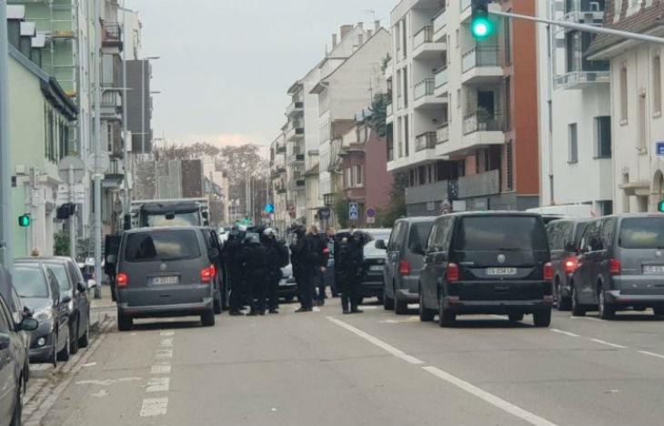 Strasbourg : Opération de police en cours, RAID sur place. Chérif Chekatt au chauffeur de taxi «J'ai tué pour venger les frères morts en Syrie»