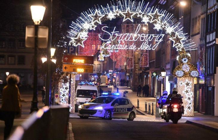 Attentat islamiste à Strasbourg : Un fiché S ouvre le feu sur le marché de Noël, 3 morts et 13 blessés. L'islamiste est traqué par la police