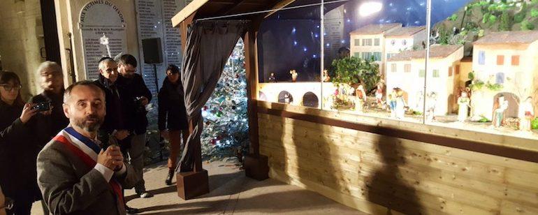 Béziers : la crèche de Noël à la mairie de nouveau poursuivie