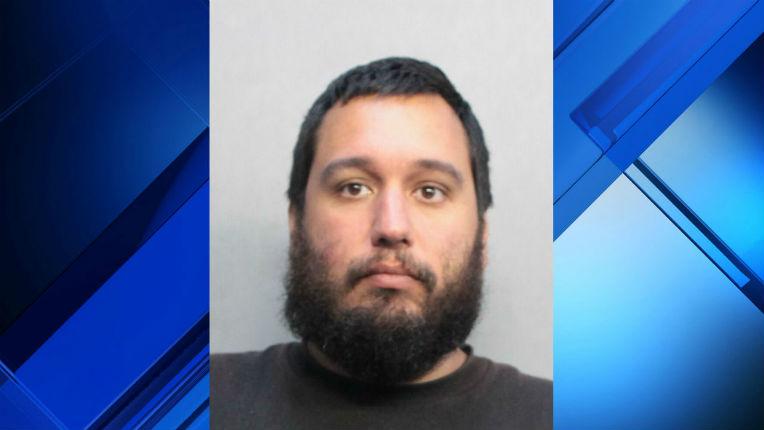 Floride: un musulman arrêté pour avoir menacé des synagogues et attaqué plusieurs cibles juives
