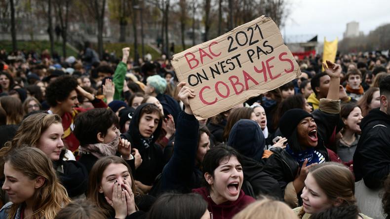 «Mardi noir» : plusieurs lycées bloqués à Paris et dans le reste de la France (Vidéos)