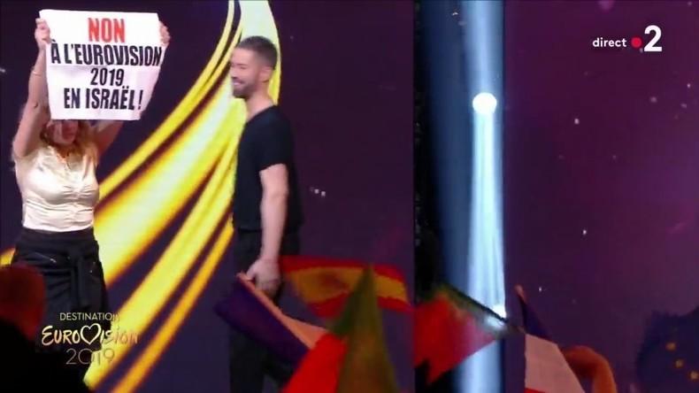 Quatre membres du mouvement antisémite BDS perturbent l'émission «Destination Eurovision»