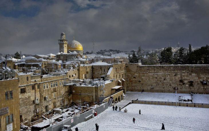 Une tempête de neige s'abat sur Jérusalem (Vidéo)