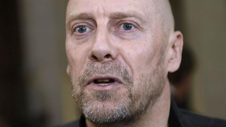 Antisémitisme: Le nazi Alain Soral enfin condamné à un an de prison ferme