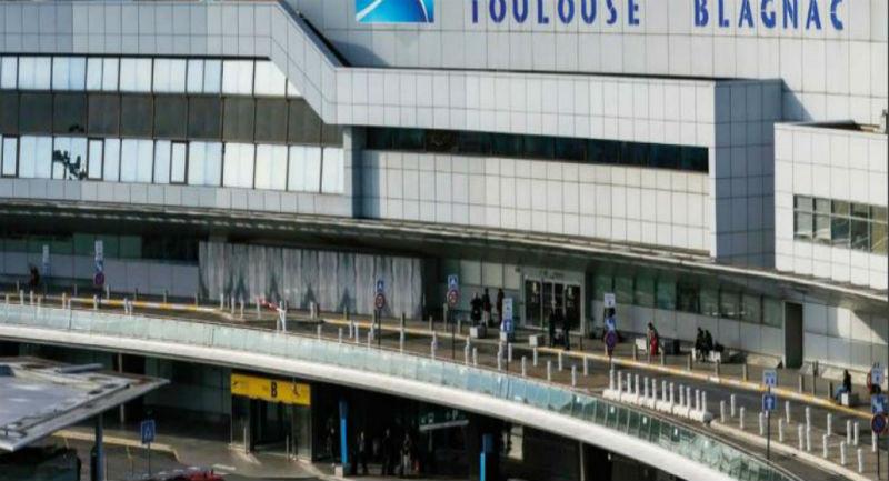 Privatisation de l'aéroport de Toulouse par Macron : l'actionnaire chinois veut déjà revendre ses parts plus cher, après avoir puisé dans les caisses de l'aéroport