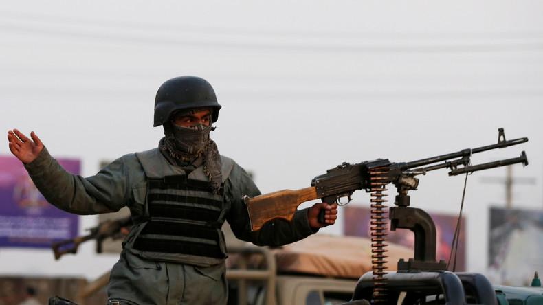 Afghanistan : plus de 100 membres des forces de sécurité tués dans un attentat des Taliban