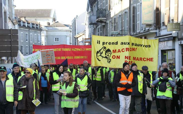 Gilets jaunes : à Montpellier, la BRI a tiré au fusil à pompe avec des munitions en plastique