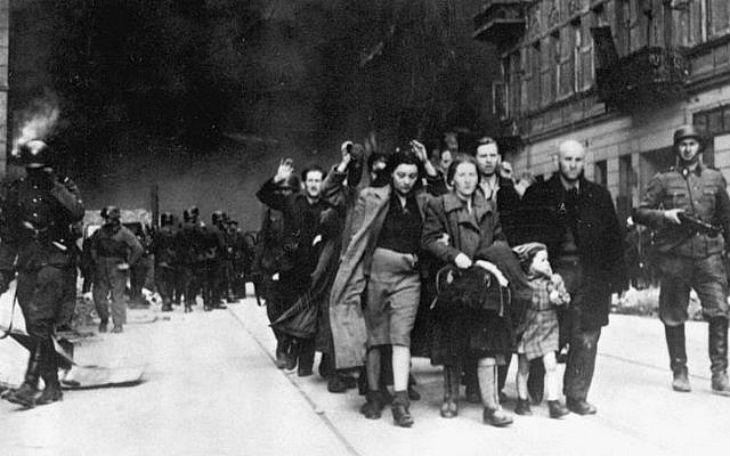 Avril 1943. Conférence des Bermudes: Pour les millions de Juifs pris dans les filets meurtriers des nazis, les Bermudes n'ont été qu'une moquerie cruelle