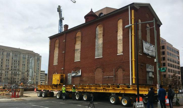 Washington : la vieille synagogue Adass Israël déménage pour la troisième fois