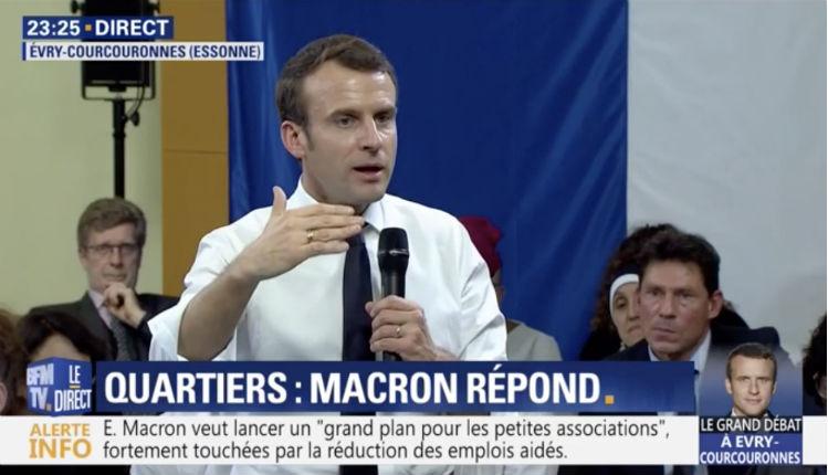Macron : « Nous sommes dans un monde de migrations, je ne crois pas du tout aux gens qui font des murs, ça ne marche pas » (Vidéo)