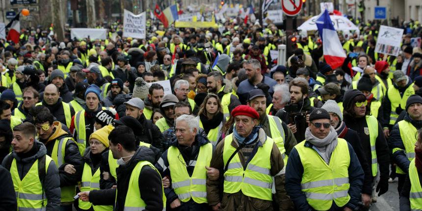 Acte 13 : les Gilets jaunes à nouveau dans les rues aux quatre coins de la France (VIDEOS)
