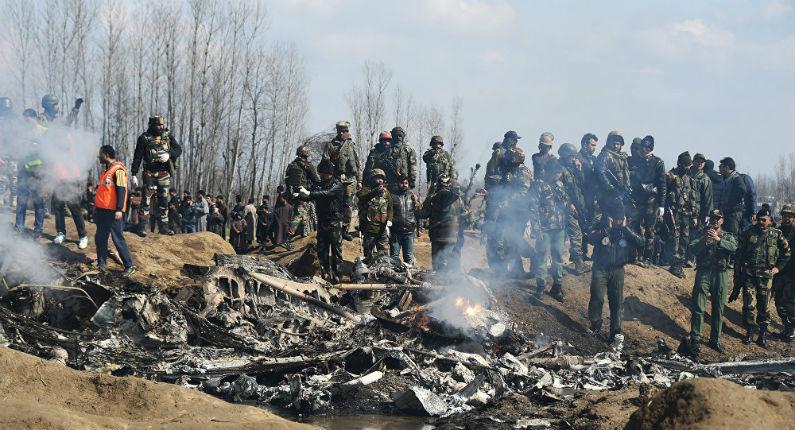 Les tensions s'aggravent entre l'Inde et le Pakistan, plusieurs avions abattus (Vidéo)