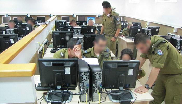 Les soldats sortant de l'unité 8200 touchent à minima plus de 12500 euros par mois