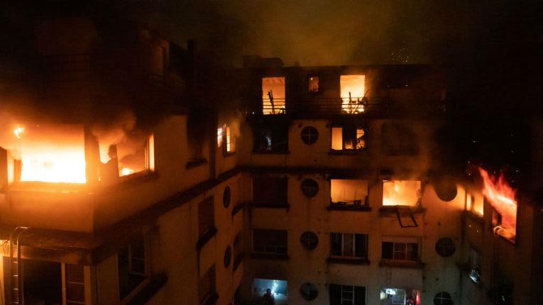 Paris : Essia, la « déséquilibrée », suspectée de l'incendie criminel qui a coûté la vie à 10 personnes, avait déjà mis le feu à une boutique du quartier