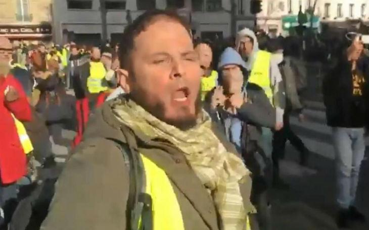 Insultes antisémites contre Finkielkraut : l'islamiste suspect en garde à vue. Il est membre d'un groupe pro-palestinien dans la mouvance radicale islamiste (Vidéo)