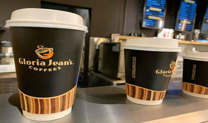 La souffrance du jour chez les Palestiniens : Gloria Jean's Coffees débarque à Ramallah