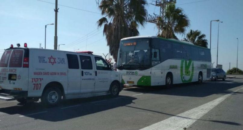 Les terroristes palestiniens ont attaqué un bus israélien en Samarie, pas de blessé