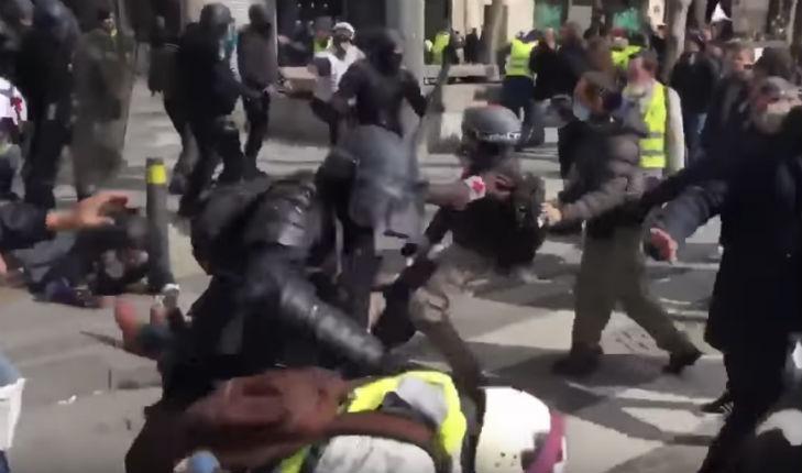 Violences policières: Aucun policier n'a encore été jugé ou sanctionné suite aux 220 enquêtes confiées à l'IGPN