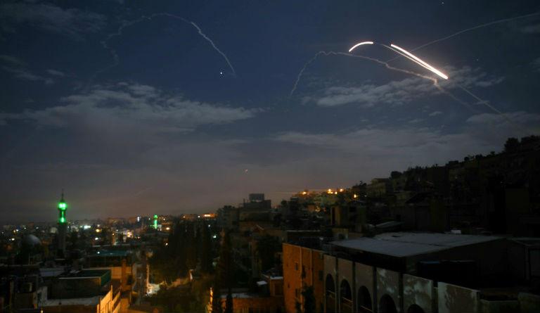 La Syrie dénonce des frappes aériennes israéliennes sur des forces iraniennes près d'Alep