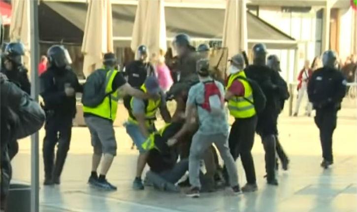 Montpellier : des policiers en «gilets jaunes» appréhendent les casseurs à la manière des officiers israéliens qui opèrent en mission d'infiltration