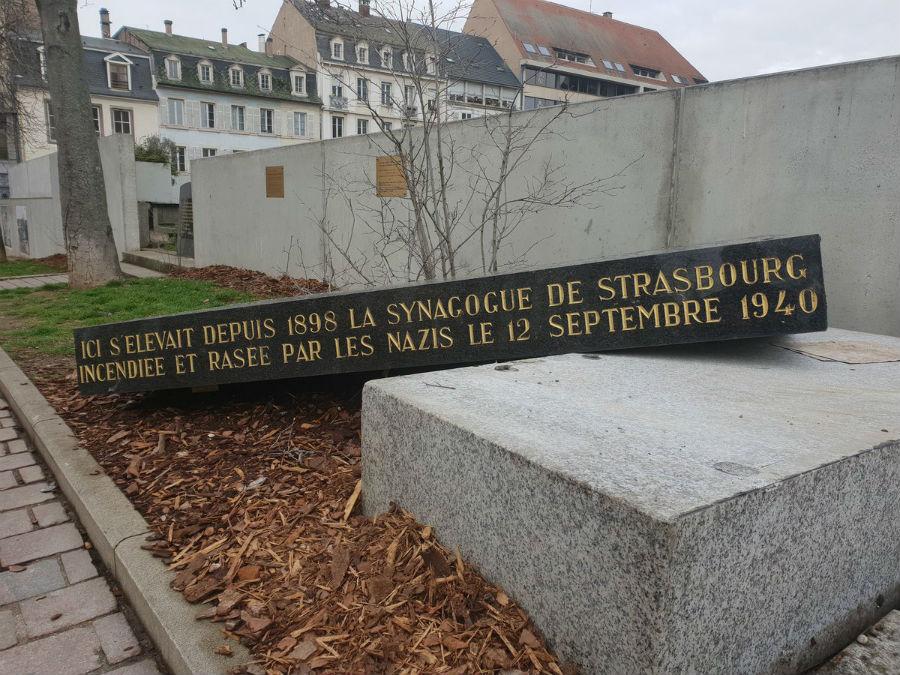 Strasbourg: la dégradation de la stèle de l'ancienne synagogue serait accidentelle