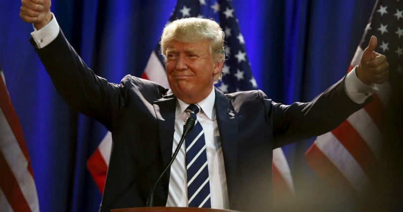 Les Américains approuvent l'action de Donald Trump qui enregistre une cote de popularité record de 46%