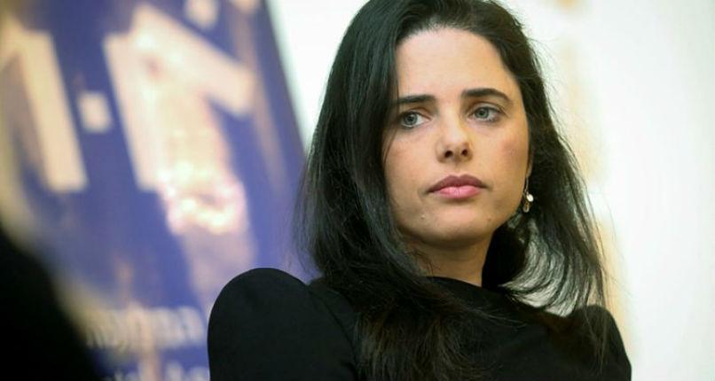 Un confident de Netanyahu appelle Ayelet Shaked, de la nouvelle droite, à rejoindre le Likoud
