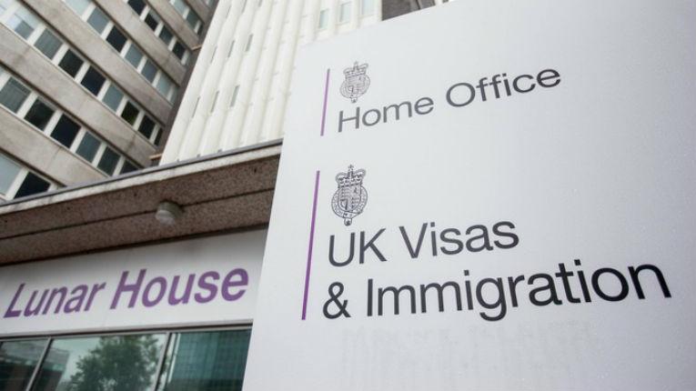 Le Royaume-Uni refuse l'asile à un Iranien converti au christianisme au motif que le christianisme ne serait pas une religion pacifique