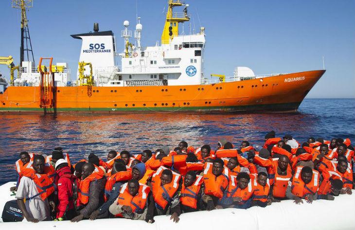 Contrairement aux affirmations des médias, « La plupart des migrants arrivant en bateau ne sont pas des réfugiés », assure le journal allemand Die Welt
