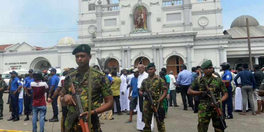 Nouvelle bombe près d'une église au Sri Lanka, la police découvre 87 détonateurs de bombes. Bilan provisoire : 290 morts