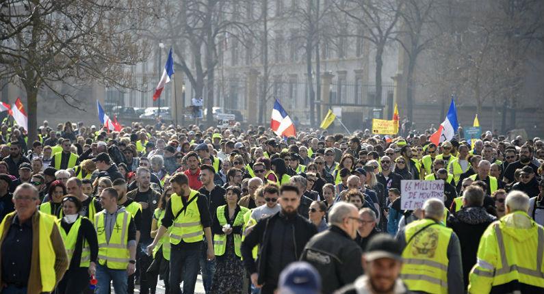 Jacques Attali : « Les gilets jaunes sont les prémices de ce qui pourrait être une révolution »
