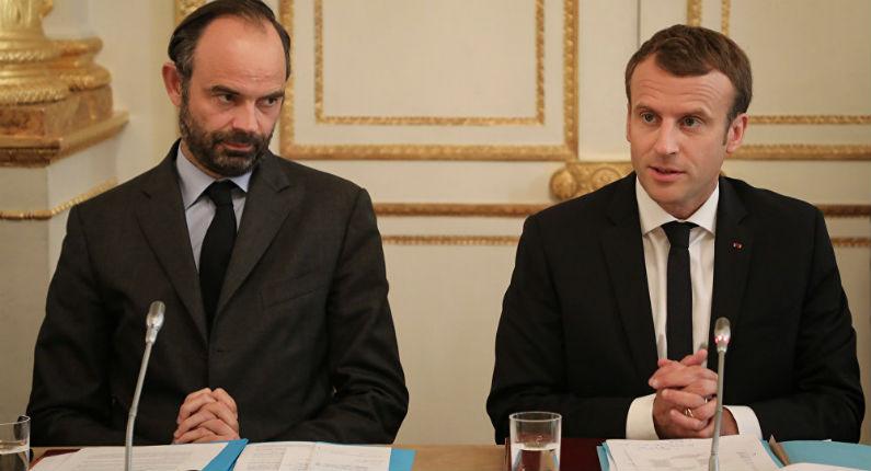 Macron et Edouard Philippe
