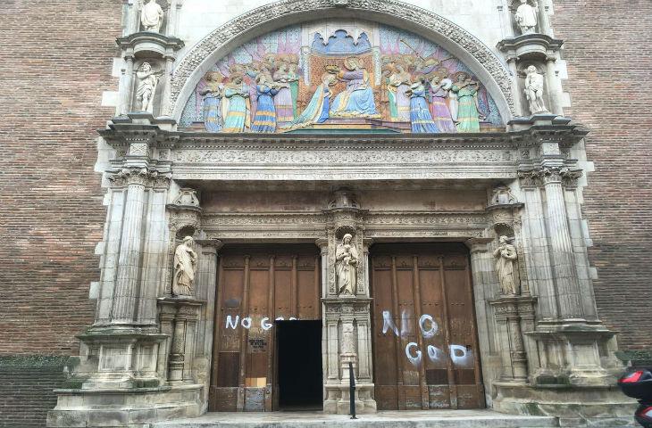 Une église «vandalisée» dans le centre-ville de Toulouse (images)