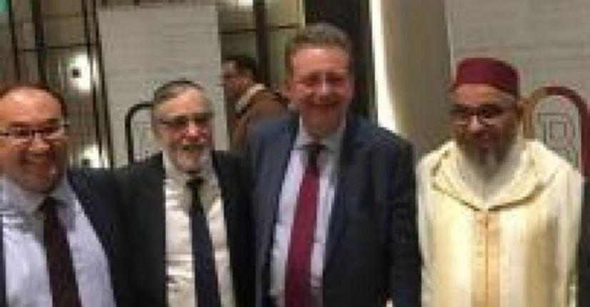 Belgique: Deux candidats socialistes posent avec l'imam Mohamed Toujgani qui veut «brûler les Juifs»