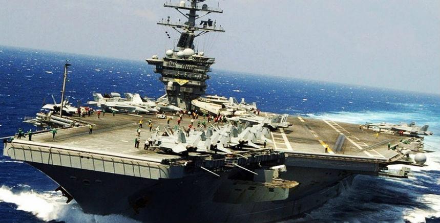 Deux nouveaux destroyers américains équipés de missiles guidés face à l'Iran dans le Golfe persique