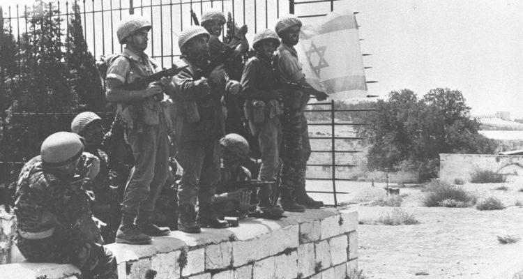 Aucun respect: La journée spirituelle de Jérusalem, sacrée pour les juifs, devient une journée d'émeutes musulmanes