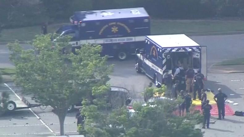 Etats Unis : 12 morts dans une fusillade dans une station balnéaire en Virginie