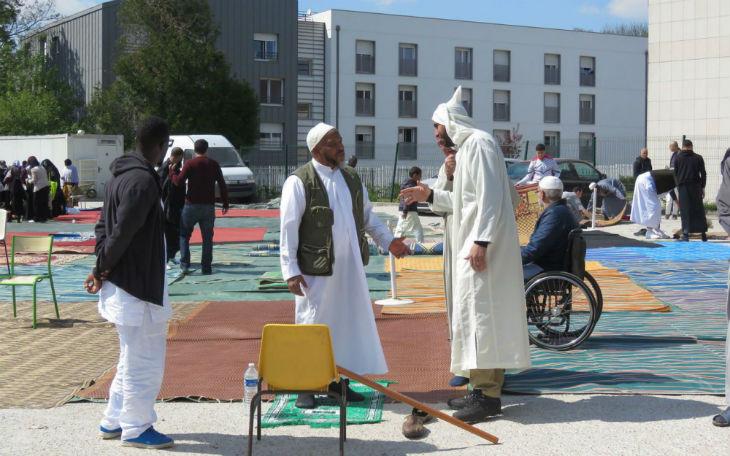Mosquée de Torcy : des policiers infiltrés témoignent «des fidèles avaient des kalachs, des armes de poing, des bombes…»