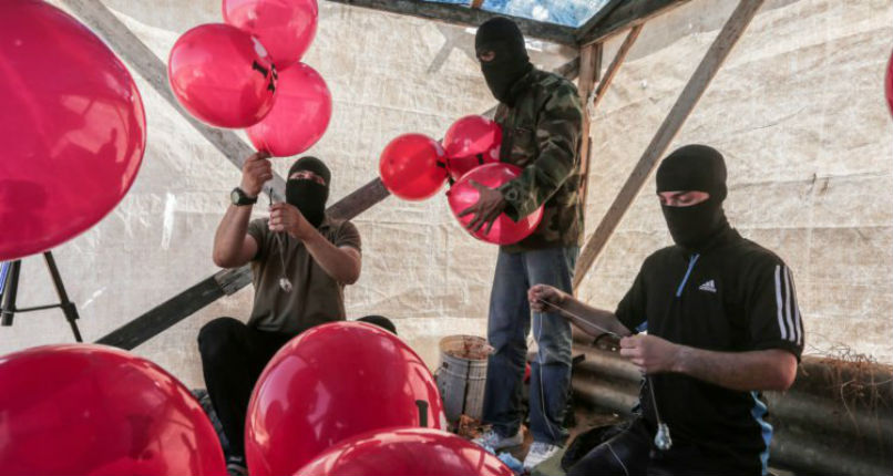 Les terroristes palestiniens allument 24 incendies criminels en Israël